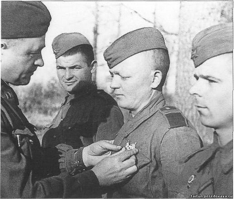 И уже на первые числа августа 1942 года снайперами внутренних войск было уничтожено 8430 фашистских солдат и офицеров